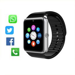 2019 guarda le macchine fotografiche dei telefoni Bluetooth Smart Watch Men GT08 con touch screen grande supporto per batteria TF Card per fotocamera IOS iPhone Android Phone Buono guarda le macchine fotografiche dei telefoni economici