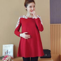 fe12fd76a Ropa de maternidad blusa camisa ropa de embarazo Tops Tees ropa Vestido de  encaje negro rojo ropa para mujeres embarazadas 2018