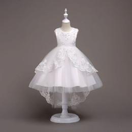 vestido de princesa bowknot sash Desconto Princesa vestido de baile branco Lace Flower Girls vestidos para casamentos barato 2017 nó de cinto de tule primeiro vestido de comunhão vestido