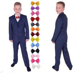 Trajes azules reales del novio formal de la boda del novio esmoquin Traje de boda de los muchachos Trajes del partido de los niños de la flor muchachos (chaqueta + pantalones + chaleco + pajarita) desde fabricantes