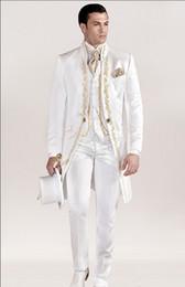 Sıcak Satış Nakış Mandarin Yaka Uzun PatternWedding Damat Smokin Erkek Takımları Düğün / Balo / Akşam Yemeği En Iyi Adam Blazer (Ceket + Kravat + Yelek + Pantolon) nereden