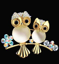 Wholesale Scarves Asian Wholesalers - Gold Plated Alloy Amazing Opal Stone And Diamante Lovely Owl Brooch Fashion Women Scarf Pins Pretty Gift Buckle Pin