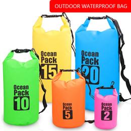 2019 organizador de camping Acampar al aire libre que va de excursión las bolsas secas de la bolsa del teléfono de viaje Organizadores de la ropa a prueba de agua que empapa la bolsa de la piscina bolsas impermeables organizador de camping baratos