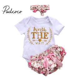 Wholesale newborn boy bloomers - 2017 Baby Girl Clothes 3pcs Clothing Sets White Cotton Rompers Floral Printed Bloomers Shorts Headband Newborn Clothes