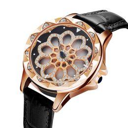 Montre étanche femme rhinestone en Ligne-Les femmes tournent la montre féminine mode strass robe montres haute qualité horloge étanche bracelet en cuir font pivoter les fleurs l'amant de cadeau