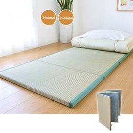 2019 schwarze chevron-kissen Faltende japanische traditionelle Tatami-Matratzen-Matten-Rechteck-große faltbare Boden-Strohmatte für Yoga-schlafenden Tatami-Bodenbelag