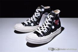 Zapatos de lunares online-2018 Come CDG des GARÇONS PLAY x Conv ChuckTaylor Black High Polka Dot Sneakers Zapatillas deportivas Sneaker Con caja original