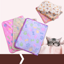 Wholesale Soft Dog Kennel Beds - Coralline Pets Blankets Kennel Pad Soft Dog Cat Warm Paw Print Small Pet Blanket Bed Mat Small Pet Supplies 2 5xw3 X