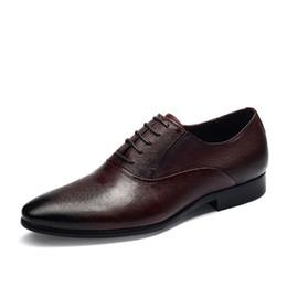 2018 New Style High Heels Herren echtes Leder Oxford Schuhe Männer spitz Zehen Hochzeit Schuh Wein rot Aprikose Business Casual Schuhe Z652