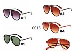 6b72f3acea982 2018 Nova Marca Itália clássico marca 0015 óculos de sol mulher abelha  projeto moda óculos de sol boa qualidade homem condução óculos de sol MOQ    10 italy ...