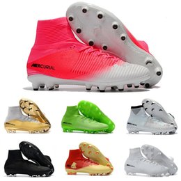 cales de soccer blanc femme Promotion Blanc rouge 100% chaussures de football pour hommes Mercurial Superfly V FG crampons de football haute cheville Football Hommes Femmes Enfants Ronaldo Sports Sneakers