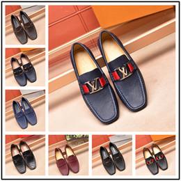 chaussures formelles hommes bleus Promotion 2018 De Luxe De Mode En Cuir Véritable Hommes Slip On Dress Chaussures De Mariage Bureau Bleu / Brun Formal Mens Chaussures