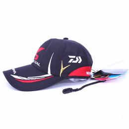 Chapeaux réglables respirants en Ligne-Livraison gratuite Réglable respirant Daiwa chapeau de pêche sports de plein air casquette de baseball chapeau parasol couleur noir blanc
