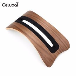 Canada Support de présentoir en bois durable Cewaal pour ordinateur portable Macbook Air / Pro Offre