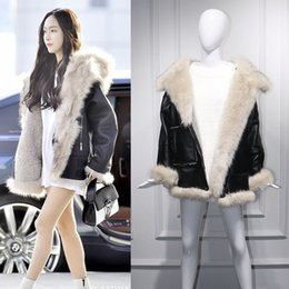 c00eb4fa58f 2018 Winter Woman PU Leather Fake Fox Fur Patchwork Coats Faux Leather Jackets  Plus Size Loose Outerwear Lamb Wool Coat W1521