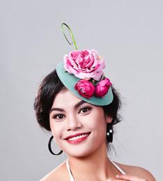 chapéus de senhoras de poliéster Desconto Senhoras elegantes fascinators reais fascinator Poliéster mulheres chapéu de penas de linho festa de casamento cabelo acessório pena chapéu MD16024