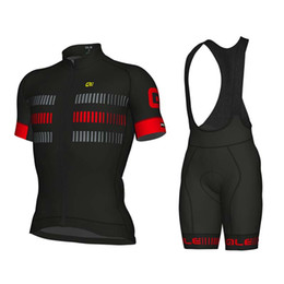 Camisetas de ciclismo pantalones cortos online-2018 Ropa Ciclismo pro jersey de ciclismo 9D almohadilla de gel pantalones cortos de bicicleta conjunto Anti verano de ciclismo Maillot desgaste jersey de ciclismo