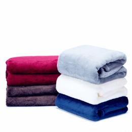 Il caldo morbido ispira la coperta di corallo del panno morbido sul letto / sofà / aereo / coperta dell'inverno di viaggio il tiro di alta qualità libera il trasporto da