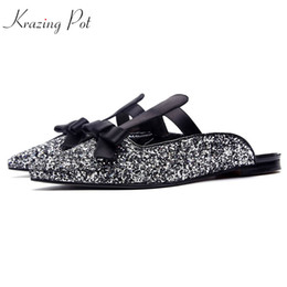 Wholesale leather rosette - Krazing pot sequined cloth flat with women slides bling hollywood star pointed toe sandals rosette shallow outside slippers l56