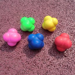 Wholesale fitness items - Sport Toys Hexagonal Bouncing Ball Solid Fitness Training Agility Speed Fun Variable Direction Sensitive Ball TRP Toy 5ss W