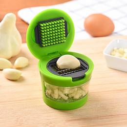 Moedor de casa on-line-Prático prático Kit de Ferramentas de Cozinha Para Casa Alho Press Chopper Slicer Alta qualidade Mão Presser Garlic Grinder