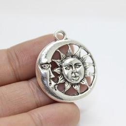 30pcs-- 25mm moon the sun Encanto de la cara del sol del encanto Colgantes para la fabricación de joyas desde fabricantes