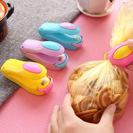 2019 ferramenta de vedação de plástico Novo Portátil Mini Máquina De Vedação De Calor Doméstica Impulse Sealer Embalagem De Plástico Saco De Plástico De Armazenamento De Alimentos Saver Ferramentas De Cozinha De Armazenamento desconto ferramenta de vedação de plástico