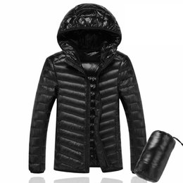 Cappotto da uomo 7xl online-Plus Size 4XL 5XL 6XL 7XL Mens Inverno Light Down Jacket Coat collo con cappuccio uomo Parka 150-120