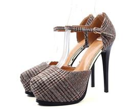 Сексуальные девушки онлайн-Женские высокие каблуки Насосы Леди Сексуальные указательные пальцы латиницы лоскутное одеяло 10-11cm stiletto пряжка ремешок платформы супер высокая heeled Girl's Dating