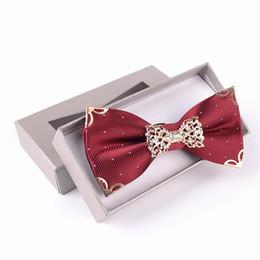 2019 boîtes à cadeaux pour cravates noeud papillon en métal de luxe polyester réglable noeud liens papillon hommes décoré cravate cadeau en boîte boîtes à cadeaux pour cravates pas cher