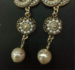 Wholesale Fashion Accessories Brands - 2018 New earrings!Fashion retro drop earrings for women Luxury earring accessories jewelry Wedding earrings Brand long earrings for gift