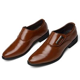Sapato casual macio britânico on-line-Calça casual dos homens dos homens de pele macia transfronteiriça terno de negócios 2018 novos homens britânicos sapatos