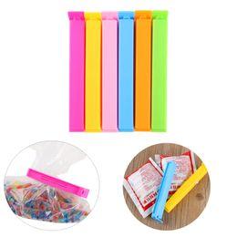 Portable New Kitchen Storage Food Snack Seal Sealing Bag Clips Sealer Clamp Strumento di plastica Hot 10pcs / set da