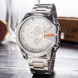 Calendário relógio de quartzo on-line-Apressado Luxo Mens Watch Grande Mostrador de Aço Inoxidável Marca Militar Relógios Calendário de Negócios de Quartzo Relógios De Pulso Relógios Montre Homme Presentes