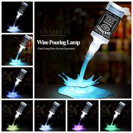 Fantasía ligera online-Novedad Vierta la lámpara LED Night Light Wine Pour 3D USB recargable Touch Switch Fantasía Botella de Vino Decoración Bar Party lámpara GGA884