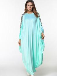 Canada Robes d'été mode islamique musulman broderie abaya femmes manches chauve-souris dames robe verte haute qualité robe burka supplier fashion muslim dress Offre
