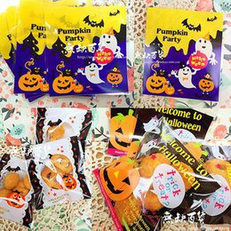 Wholesale Bamboo Batting - Wholesale- Hot New 100pcs Trick or Treat Bags Halloween Candy Costume Party Small Bat Bag Package