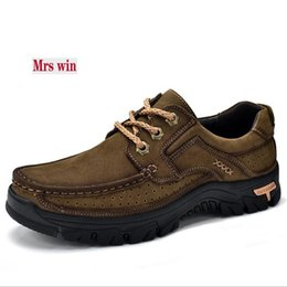 Wholesale Nubuck Cowhide Leather Shoes - 2018 High Quality Cowhide Outdoor Men Shoes Casual Sneakers Shoes Flat Non-slip Comfortable Nubuck Leather men Sneakers