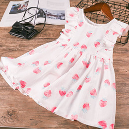 Wholesale lovely strawberry - Everweekend Lovely Kids Bow Strawberry Print Ruffles Dress Sweet Girls White Color Clothes Princess Western Fashion Summer Dress