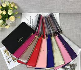 Europa Amerika neue Frauen Handtasche Mode Wild Brief Druck Reißverschluss Candy Farben Geldbörse Handy-Paket von Fabrikanten