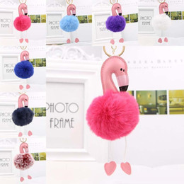 Rosa kaninchen pelz tasche online-2018 niedlichen rosa bunten flauschigen Pompon Flamingo Schlüsselbund Frauen Faux Rabbit Fur Ball Pompon Schlüsselanhänger Autotasche Pom Pom Key Rey Ring