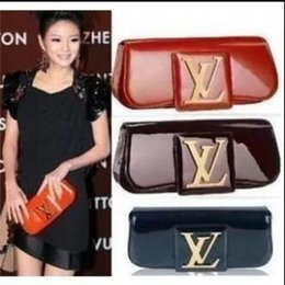 Wholesale patent hand bags - hot sale women clutch handbag 2018 new shoulder bag fashion clutch evening package luxury messenger package top quality Patent leather hand