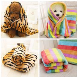 2019 животное тигр Pet Coral Velvet тигровые полосы Одеяло S / M / L Dog Cat Bed Мягкие одеяла Warmer Lovely Cushion Mat Полотенце для собак AAA89 скидка животное тигр