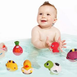 Wholesale cute toddler toys - Floating Toys Spray Water Baby Toddlers Bathing Toys Non-Toxic Assorted Colors & Shapes, Squeeze To Spray! Cute Animal Shape