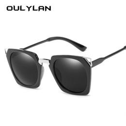 8e0b5bfa9fd Oulylan Vintage Cat Eye Sunglasses para Mujeres 90 s Rectángulo Retro Gafas de  Sol Diseño de Moda Azul Negro Gafas UV400
