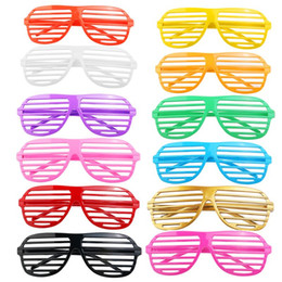 Wholesale party shade glasses - 24 Pairs of Fashion Plastic Shutter Shades Glasses Sunglasses Eyewear Halloween Club Party Cosplay Props (Random Color)