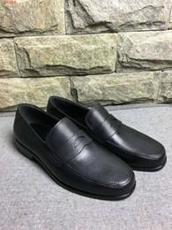 2019 sapatos casuais para homem 2018 homens sapatos de couro preto deslizamento em calçados casuais escritório negócio formal sapatos de vestido liso verão outono calçado sapatos masculinos desconto sapatos casuais para homem
