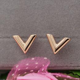 Aretes en forma de v online-Moda nueva estereofonia en forma de V pendientes de titanio de acero 18 k pendientes de oro rosa joyería de las señoras superventas bestseller