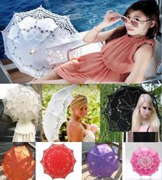 bambù pieno Sconti 2018 New Fashion 13 colori Vintage Full Lace Ombrello per matrimonio Nuziale Battenburg di alta qualità