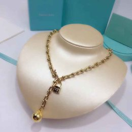 Wholesale Ball Chain Silver Necklace - 2018 New arrival 316L stainless steel Necklace with pad lock and ball with logo for women wedding necklace hardwear jewelry PS6116